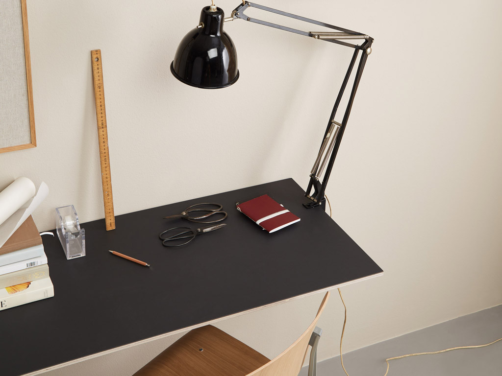 CANVAS skrivebord for DesignersFirst · Pressefoto